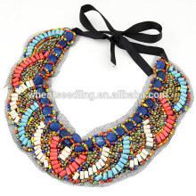 Collier pendentif en forme de bois ethnique ethnique