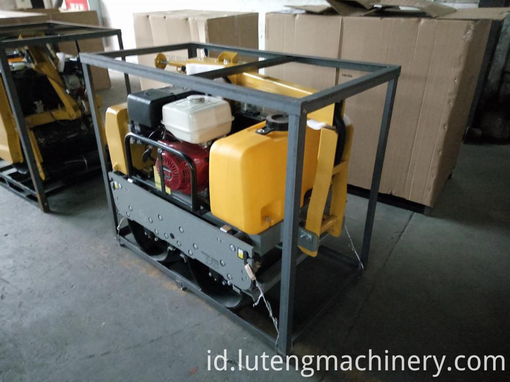 LTR-1600 Walking type small type water-cooled road roller for sale