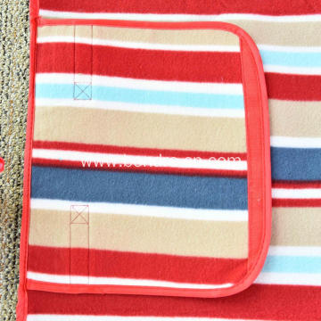 Beach And Picnic Mat With Foldable Package