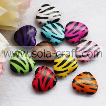 7*17*20MM Zebra Draw Painting Colors Yiwu Heart Charm Beads Pattern