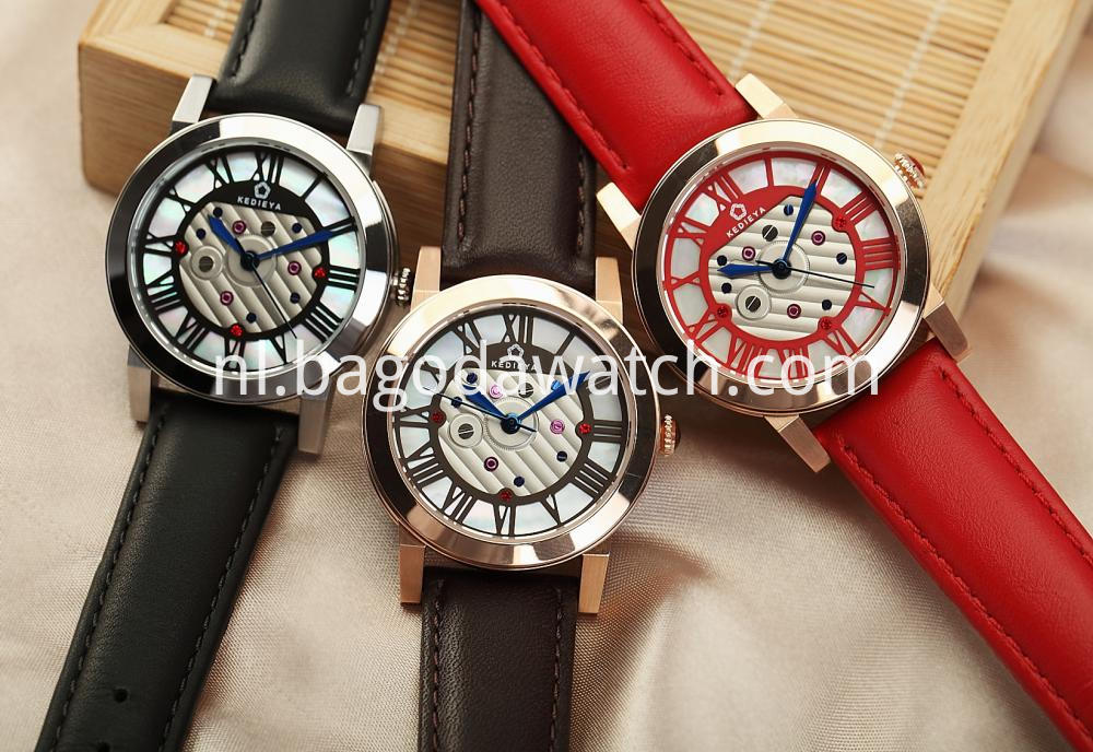 Women Quartz Wrist Watches