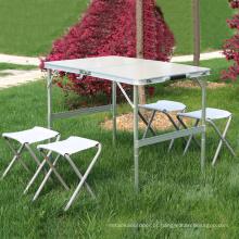 Mobília ao ar livre Uso Geral e Alumínio Tipo De Metal dobrável mesa de jantar 1 pcs com 4 pcs cadeiras