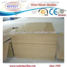 WPC Skinning board machine