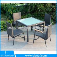 Chaises de table en rotin en plein air avec du bois en plastique