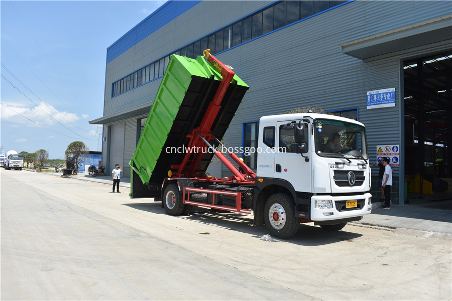 waste disposal vehicles manufacturer