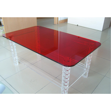 Table à manger en lucite rouge
