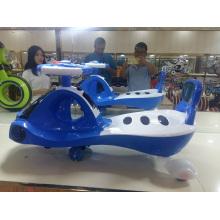 Crianças por atacado balançam o carro do balanço do bebê do carro da torção do carro para vender