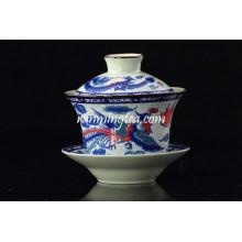 Традиционный чайный чашечек с фениксом дракона и подставки для блюдце