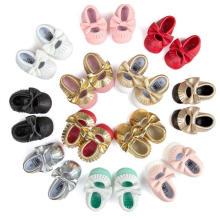 12 mocassins da forma da criança do bebê da cor calçam mocassins antiderrapantes macios únicos