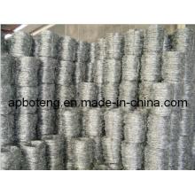 Clôture en fil de fer barbelé de haute qualité