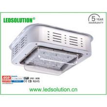 Efficacité lumineuse élevée, lumière de station service 100W, station de gaz / garage / entrepôt et centre de sports etc.