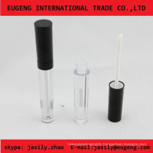 Clear Empty Lipgloss Packaging With Black Cap
