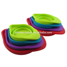 Profissional Fabricante Custom resistente ao calor Grade alimentar coloridos Silicone Measuring Cup / Measuring Cup