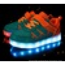 Unisex USB charging low cut LED light skate shoes for children