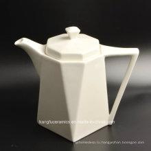 Чайник из белого глазурованного фарфора для гостиницы (набор)