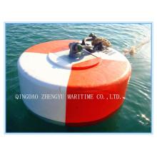 Морской швартовный буй с заполненной пеной