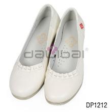 2016 new model good quality wholesale white women nurse shoes