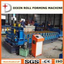 Machine à fabriquer des panneaux de tuiles en métal