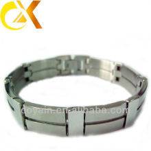 fashionable stainless steel time bracelet