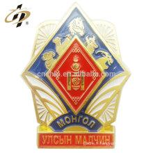 Promotionnels émail en métal propre logo fabricants d'épinglettes personnalisées Chine