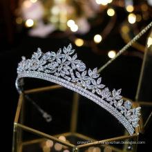 Fita de cabeça de casamento de prata de cristal europeu Acessórios de cabelo de casamento tiaras de zircônia com coroa de festa nupcial de zircônia cúbica