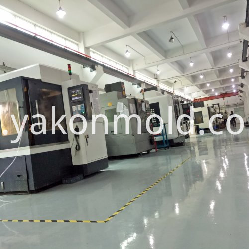 Auto console plastic injection molding