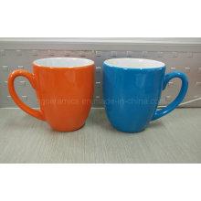 Zwei Ton-keramischer Becher, Kaffeetasse, fördernder Becher