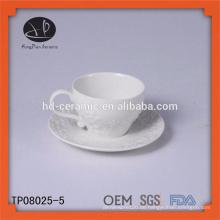 Keramik-Kaffeetasse und Untertasse, geprägte Blume Keramik Tasse und Untertasse, Europäische Teetasse
