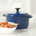 La casserole en fonte propose des pots de cuisine