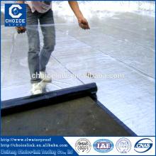 Folha auto-adesiva para telhados de asfalto