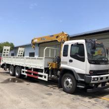 Guindaste do caminhão do guindaste do crescimento do Euro 5 de 6x4 LHD