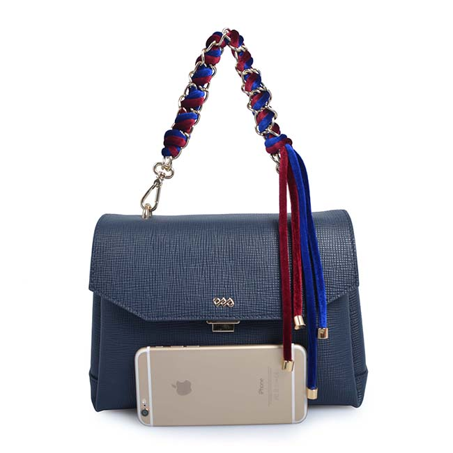 Fashion Women Tassel Decoration Large Capacity Shoulder Bags