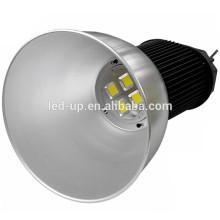Magnifiques lumières industrielles COB LED haute baie avec puissant OEM ODM serivce pour projets d'éclairage 240W