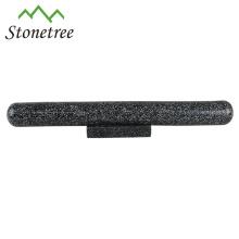 Nudelholz aus poliertem Marmorstein mit Ständerhalter