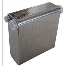 Intercambiador de calor de placas soldadas con motor refrigerado por agua