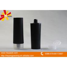 Schwarzes Plastik weiches Rohr