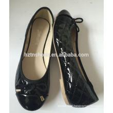 Mulheres bailarina clássica acolchoada PU flat bombas preço barato sapatos