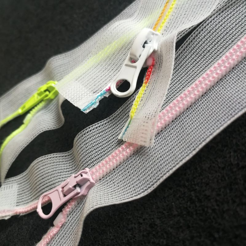 Top quality garment zipper