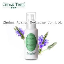 Crema natural y pura de la esencia del agua de la lavanda herbaria