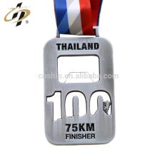 Die cut zinc alloy antique silver bottle opener custom marathon sports medal