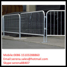 Pedestrian barriers/galvanised portable fence
