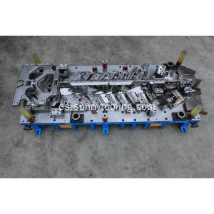 De acero duro Automotive Progressive Die