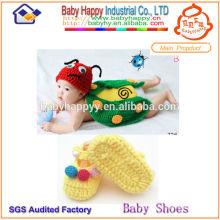 Best-Selling New Style Häkelanzug für Baby Schuhe Sets