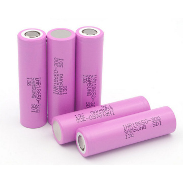 Cellule de batterie Li-Ion 18650 3.7V 3000mAh 12.95Wh