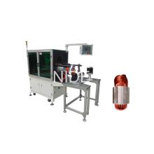 Machine d'insertion d'enroulement de bobine de stator à une phase monophasée