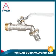bibcock chaud avec connexion filetée cw 617n et NPT avec haute pression forgé et robinet robinet avec polissage bibcock en laiton