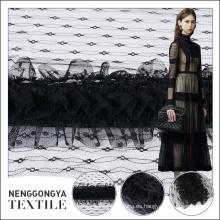 La última moda de gama alta bordado negro chiffon tela tul al por mayor