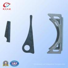 Piezas de perforación automática de chapa de aluminio por fundición de hierro fundido