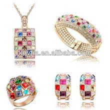 Ensemble de bijoux de luxe en raie coloré accessoires en cristal dubai gold ladies jewelry jewelry set