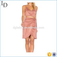 Al por mayor para la falda con top de gamuza y falda